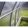 Zahradní skleník z polykarbonátu Gardentec Herbus - detail konstrukce interiér